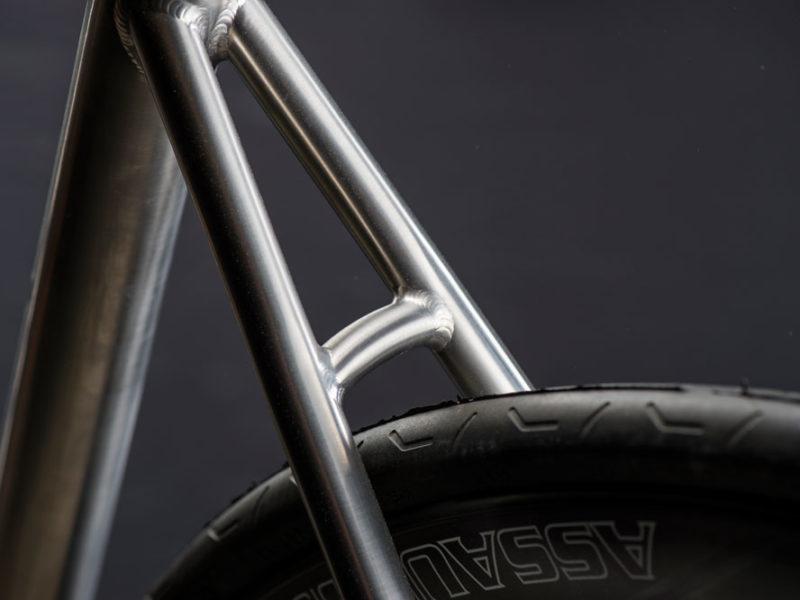 V8 Di2 detail
