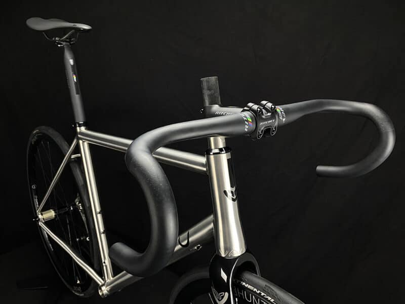 V8 Ritchey bar and stem